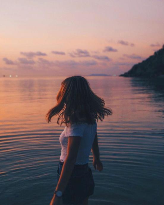 Yeni Duyduk, Bir Yaşımıza Daha Girdik! 11 Kasım Yalnızlar Günüymüş. 11 Kasımda Yalnız Mısınız?
