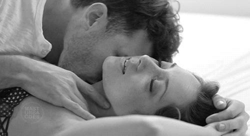 Partnerinizin Cinsel Dürtülerini Uyandırmanın Etkili Yolları!