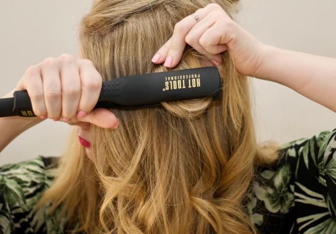 Saç Dökülmesinin Önüne Geçmek İçin Öneriler!