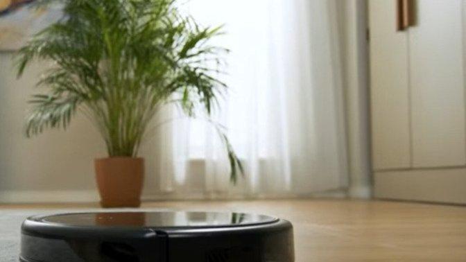 Kolları Sıvamanın Vakti Geldi: Tüm Püf Noktalarıyla Evde Halı Temizliği Yapıyoruz