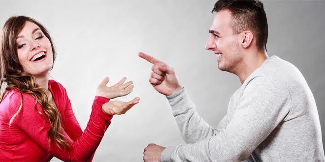 İlişkiniz Rutine mi Bindi? İlişkinizi Güzelleştirecek Sihirli Dokunuşlar!
