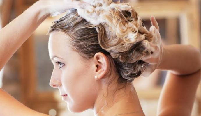Kuru ve Yıpranmış Saçlar İçin Bakım Önerileri!