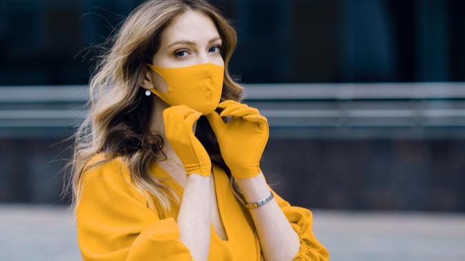 Maskenin Altında Bile Kusursuz ve Mat Görünen Bir Cilt İçin İhtiyacın Olan 6 İpucu