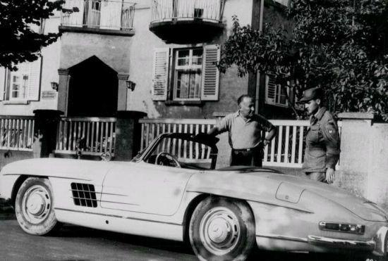 Elvis Presley ve 300 SL cabrio