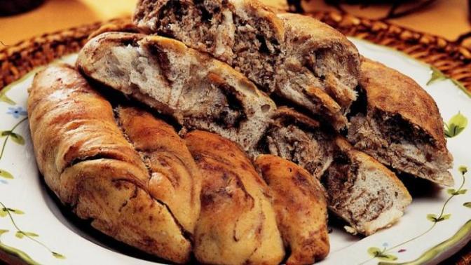 Çörek Severler Buraya! Çay Saatlerinin Vazgeçilmezi Haşhaşlı Çörek Yapıyorum!