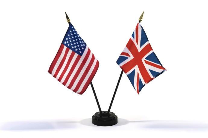 ABD ve Birleşik Krallıkın Resmi Dili Yok!