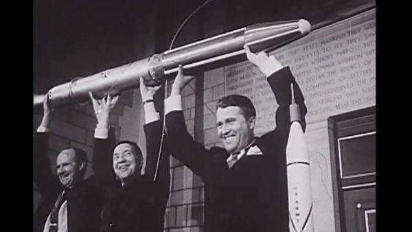Amerikan Explorer uydusu eller üzerinde