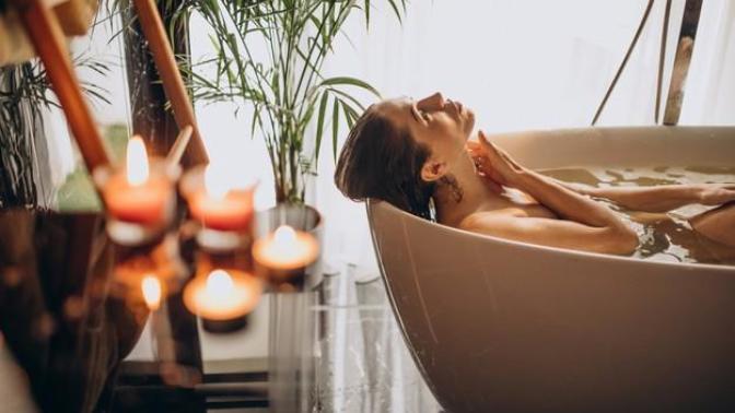 Duş Keyfinizi Arttıracak, Banyo Havasını Değiştirecek Tüyolar 🛀