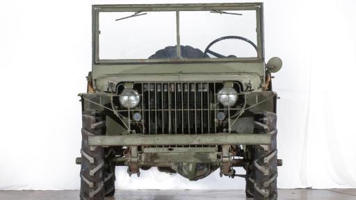Ford Pygmy her yönüyle Jeep Willys aracının kopyası olduğunu belli ediyordu