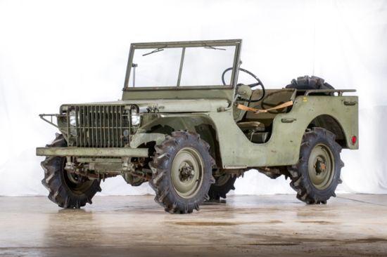 Ford Pygmy görüntü olarak Jeep Willys ile aşırı benzerliği olan bir arabaydı