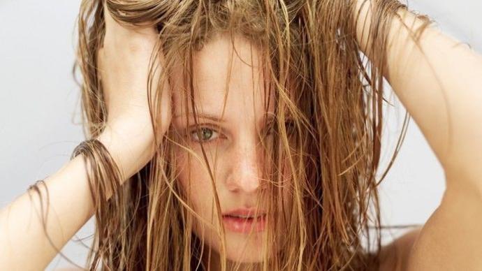 Hızlı Saç Uzatma Yöntemleri!