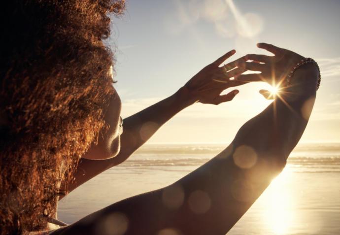 Cilt Bakımınızı Yüzünüzle Sınırlı Tutmayın: Boyun ve Dekolte Bakımı Hakkında Bilmeniz Gerekenler