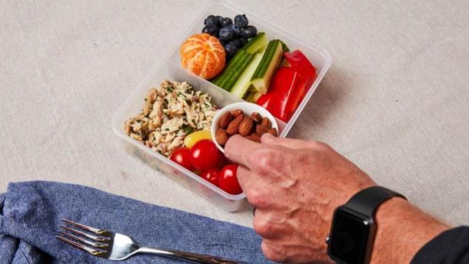 Diyet Üstüne Diyet Deneyenler, Duygusal Açlık ile Boğuşanlar Buraya; Sezgisel Yeme ile Beslenme Düzenimizi Şekillendiriyoruz