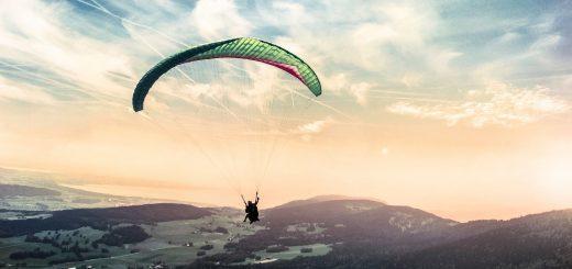Gökyüzüyle Bir Olun: Yamaç Paraşütü İçin En Güzel Lokasyonlar