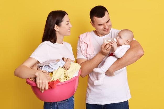 Bebek ve Baba Arasındaki Bağı Kuvvetlendirmek: Babalar Bebek Bakımında Aktif Rol Almalı