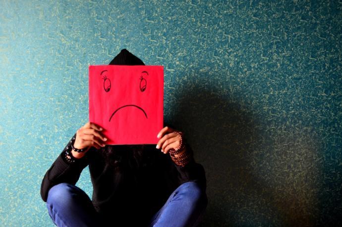 Olmalı Mı Olmamalı Mı?: İnsanlar Neden Aşık Olmaktan Korkarlar