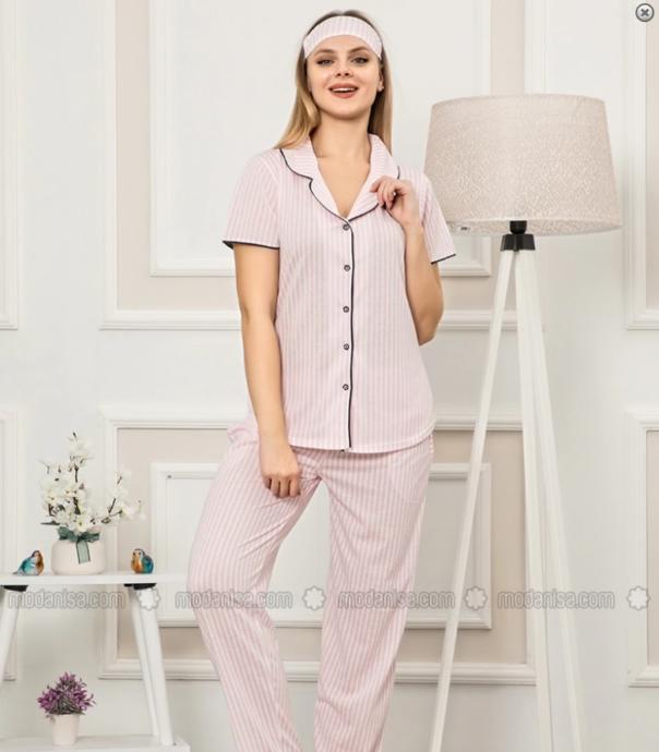 yakası açılan pijama kolay emzirme sağlar