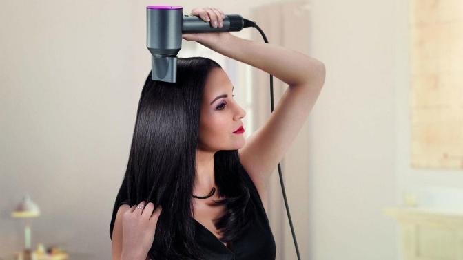 Saçlarda Bahar Havası Estiren Hem Havalı Hem Pratik Saç Modelleri Nasıl Yapılır?