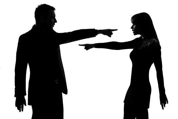 Bir Evlilikte Kadın  ya da  Erkek Dışarıya Yöneliyorsa Suç Kimindir?