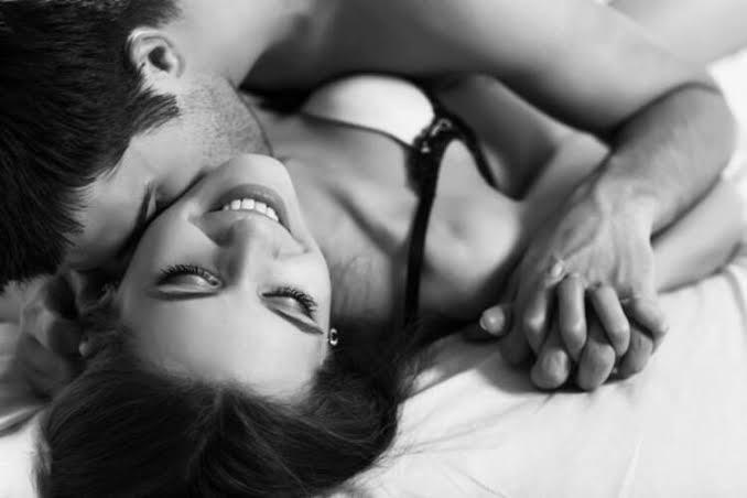 Kadınları Orgazma Kolay Ulaştıracak Seks Pozisyonları!