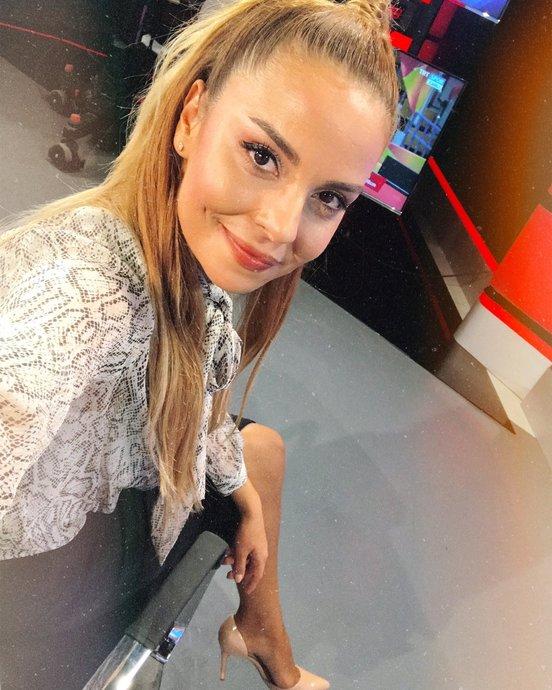 Güzellikleriyle Taraftarları Ekranlara Kilitleyen Türkiyenin En Güzel Kadın Spor Sunucuları!