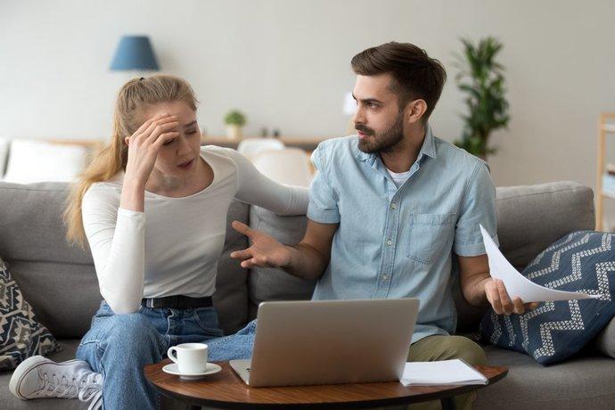İlişkileri Arkadaşlar İle Paylaşmamanın Nedenleri