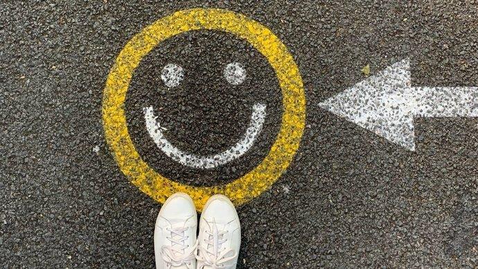 Mutlu Olmak İçin Bir Şeylere İhtiyacın Yok
