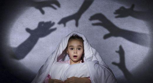 Aklınız Evde Bakıcıyla Yalnız Kalan Bebeğinizde Kalmasın! Kötü Bir Bebek Bakıcısının Belirtileri Nelerdir?