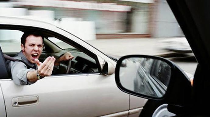 Her Türkün Trafikte Karşılaştığı Eylemler!