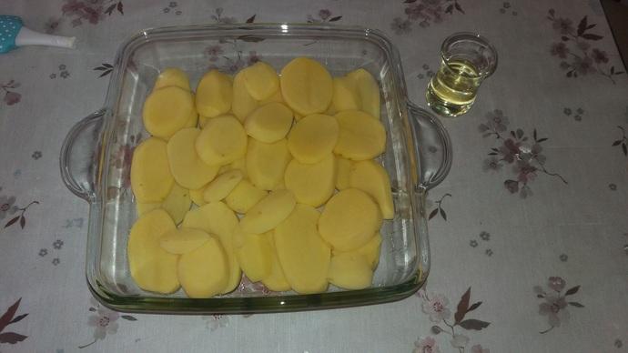 Mantarı Size Sevdirecek! Fırında Mantarlı Patates Oturtma!