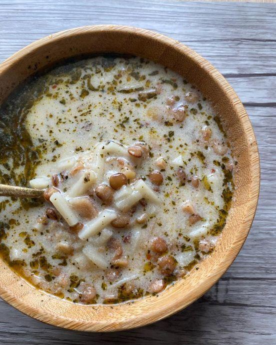Yeşil Mercimeği Sevdirecek Olan Çorba: Erişteli Mercimek Çorbası Tarifi
