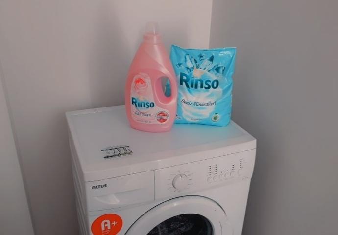 Çamaşırlar Temizse Sebebi Rinso: Daha İlk Kullanımda Tertemiz Yapıyo!