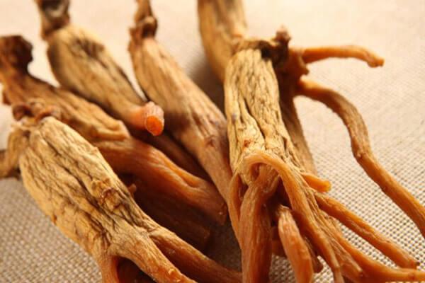 🐝Aslı Elif Tanuğur Samancının Ginseng Propolis Vitamin Setini Deniyorum. 🐝