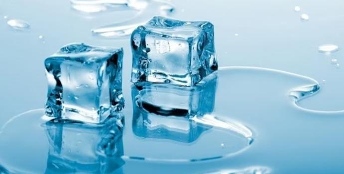 Bu Yöntemi Çok Seveceksin! Buzun Cildinize Sağlayacağı Güzelliklerden Yararlanmaya Var Mısınız!