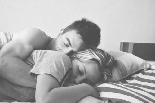 Bilim Söylüyor! Eşlerin Aynı Saatte Uyumasının 4 Olumlu Yanı!