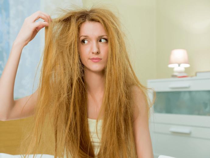 Kabarık Saçlara Son: Saçlarınızın Kabarmaması İçin Yapmanız Gerekenler!