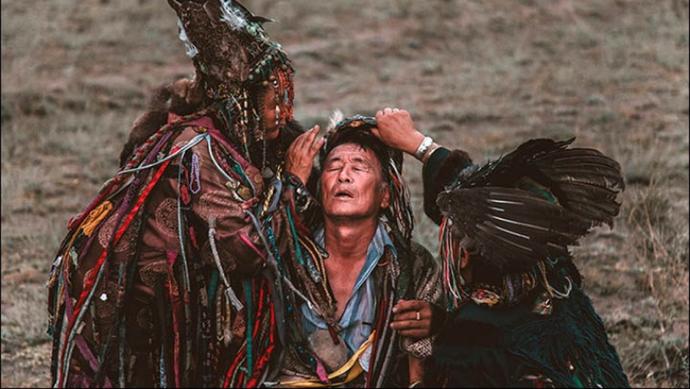 21. Yüzyılda Bile Hâlâ İnanılan Şamanist Davranışlar!