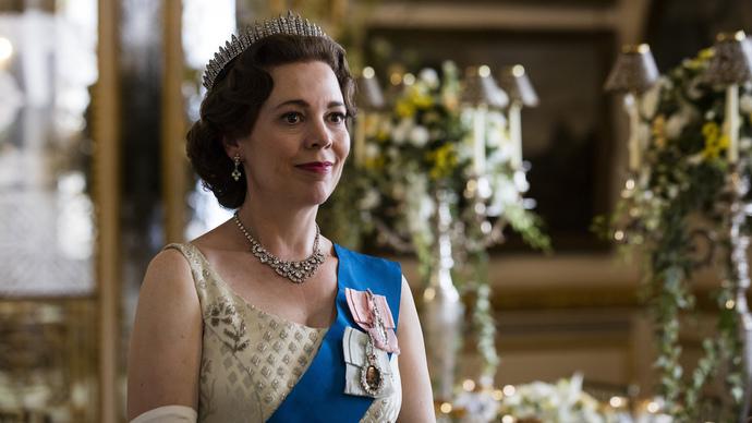 Emmy Ödüllü The Crown Dizi İncelemesi
