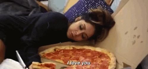 İtalyanları Çatlatacak Tava Pizza Tarifim!