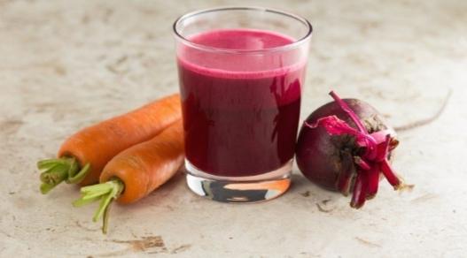 Gripsiz Bir Kış için Evde Kendi Meyve Suyunuzu Yapın!