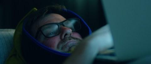 Çene Ameliyatı Geçirmiş Bir Adamın Beklenmedik Misafiri: Wired Shut