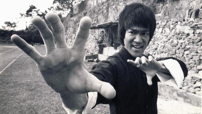 Gelmiş Geçmiş En İyi Dövüş Ustasının Bilinmeyenleri: Bruce Lee