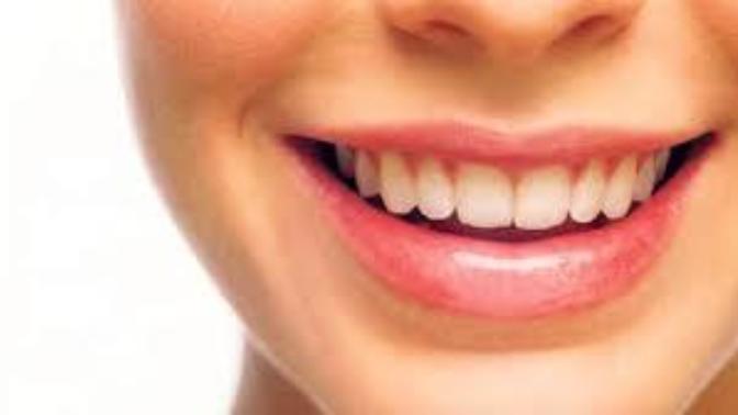 Diş Taşı Neden Oluşur ve Tedavisi Nasıldır?