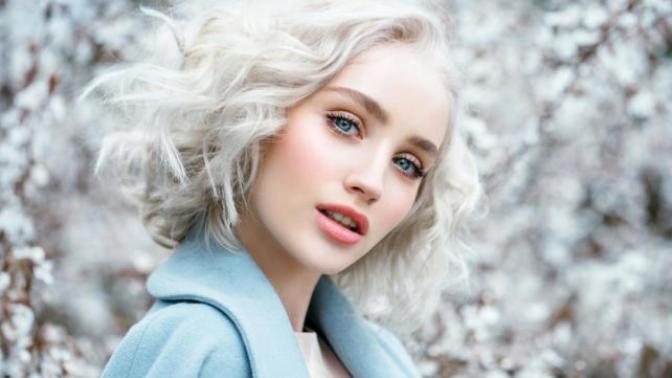 Beyaz Rengin Büyüsüyle Fark Yaratan 6 Saç Modeli!