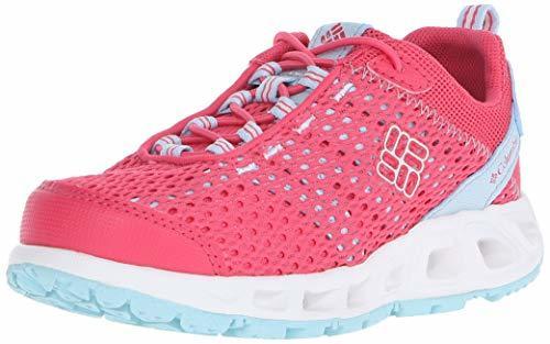 Sizce aşağıdaki yürüyüş ayakkabılarından hangisi bir kadını can evinden vurur?