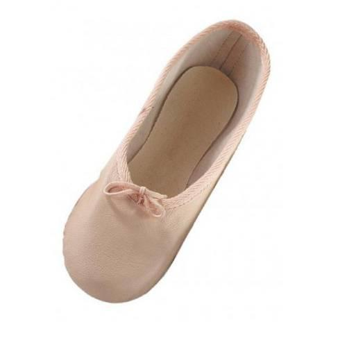 Kızım için Bale okulunun yıldızı olmasını sağlayacak ayakkabılardan hangisini seçmeliyim?