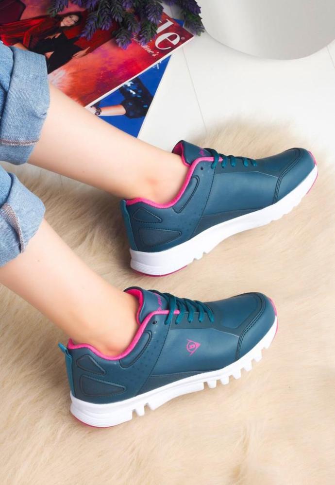 Sizce ucuz ama en şık bayan spor ayakkabı hangisi?