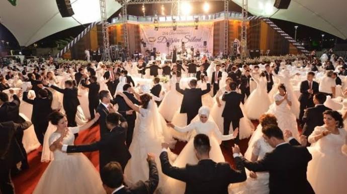 Sizce Türkiye'nin örf adetleri ile , oyunlarıyla göze hoş gelen düğünleri hangi yöreye aittir?