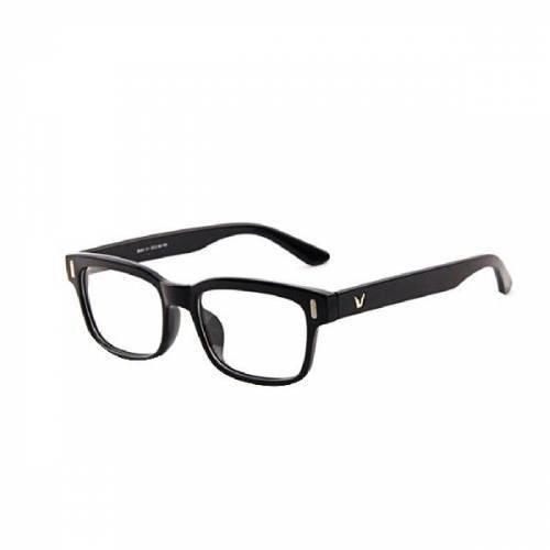 Tarz yapmak için hangi kemik gözlük çerçevesi daha güzel?