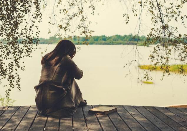 Yalnızlık kadınlara mı daha ağır gelir erkeklere mi?